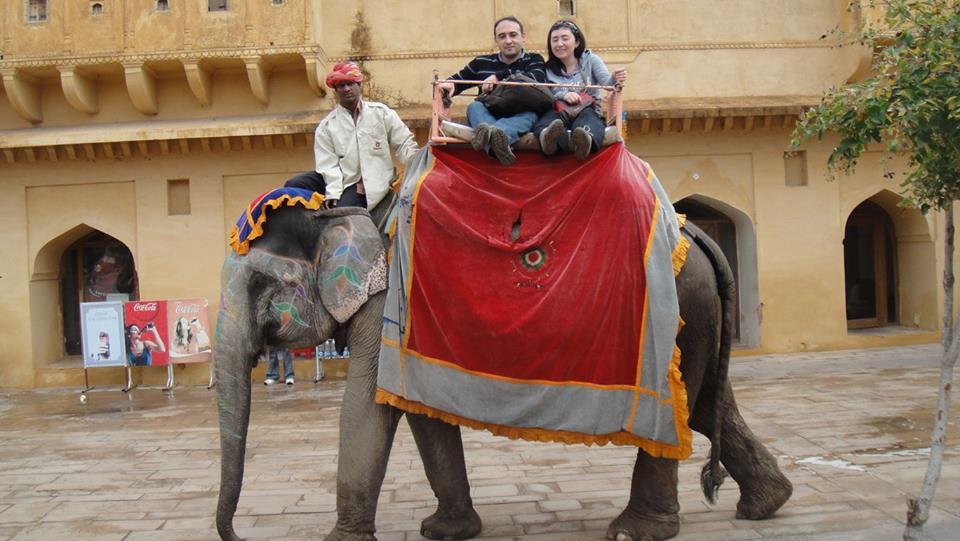 Subida en elefante Fuerte
